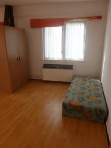 W 2, Zimmer 2