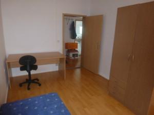 W 2, Zimmer 1