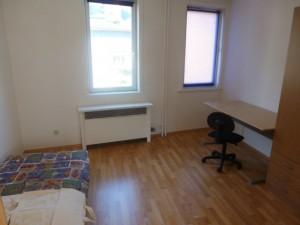 W 1, Zimmer 2